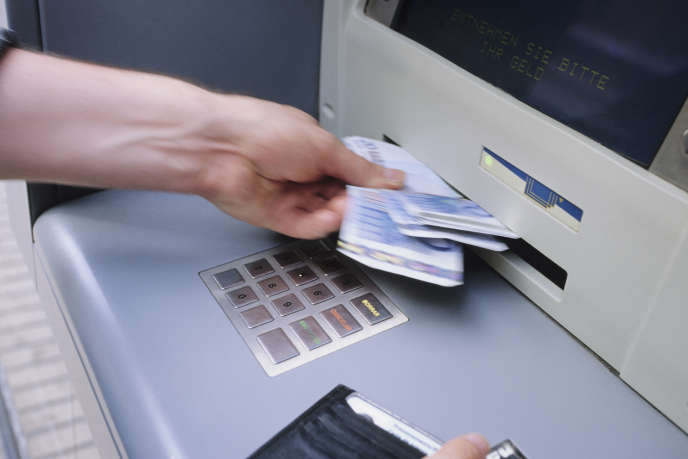 Le client se plaignait de retraits fauduleux pour un montant de5 390 euros.