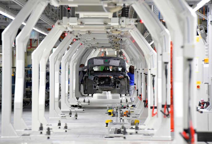 La chaîne de montage du modèle ID3 de Volkswagen, à Zwickau (Saxe), le 4 novembre 2019.