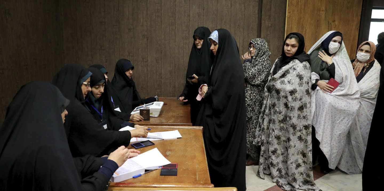 La victoire des conservateurs iraniens aux législatives annonce la fin de l'ère Rohani