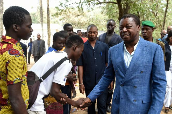 Le chef de l'Etattogolais sortantFaure Gnassingbé, à Kara le 22 février 2020, après avoir déposé son bulletin de vote pour l'élection présidentielle.