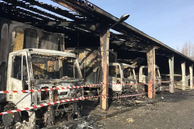 Un hangar du site Enedis de Seyssinet-Pariset (Isère) touché par un incendie le 13 janvier.