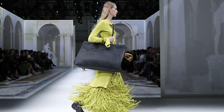 A model presents a creation from the Bottega Veneta Autumn/Winter 2020 collection during Milan Fashion Week in Milan, Italy, February 22, 2020. REUTERS/Alessandro Garofalo