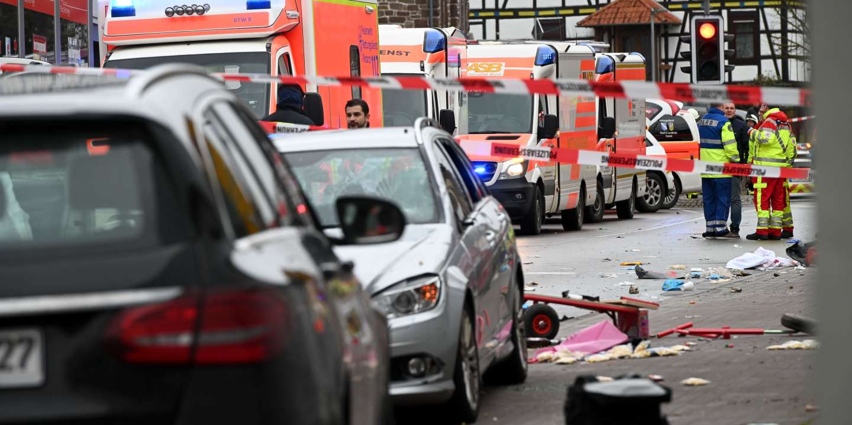 En Allemagne, une voiture fonce dans la foule lors d'un carnaval à Volkmarsen, faisant plusieurs blessés