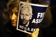 Lors d'une manifestation en soutien à Julian Assange, à Barcelone, le 24 février.