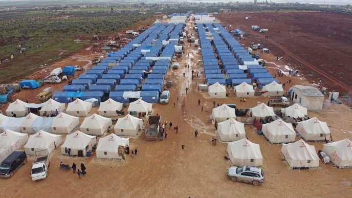 Un camp de réfugiés syriens près de la ville de Maarrat Misrin, dans la province d'Idlib, le 22 février.