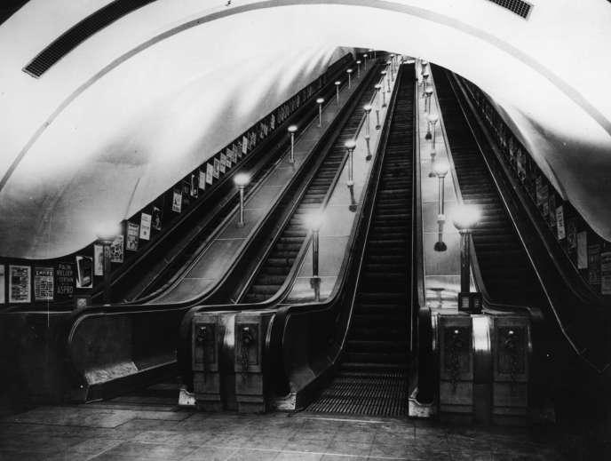 Dans le métro de Londres.