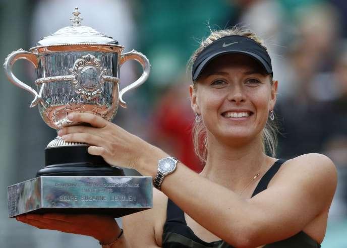 Maria Sharapova, trong chiến thắng của cô tại Roland Garros năm 2012.