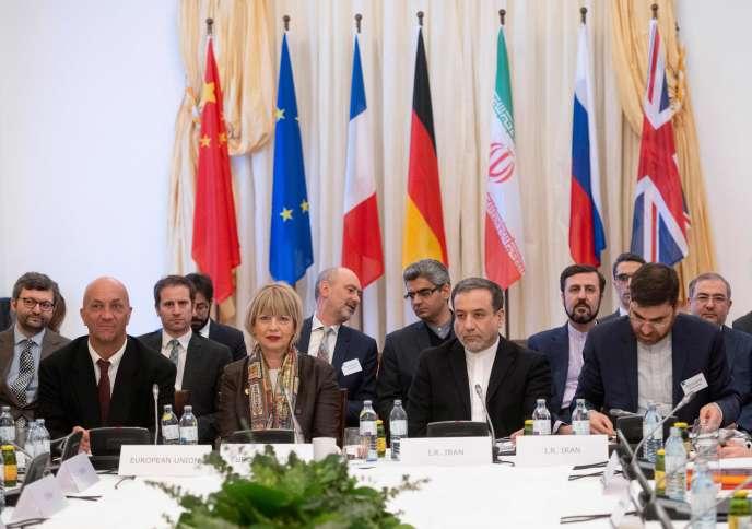 Rencontre entre des officiels iraniens et une délégation européenne autour de l'accord de Vienne sur le nucléaire iranien(JCPOA), à Vienne, le 26 février.
