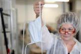 Dans une usine française de fabrication de masques : «Avec le coronavirus on se prépare pour un marathon»