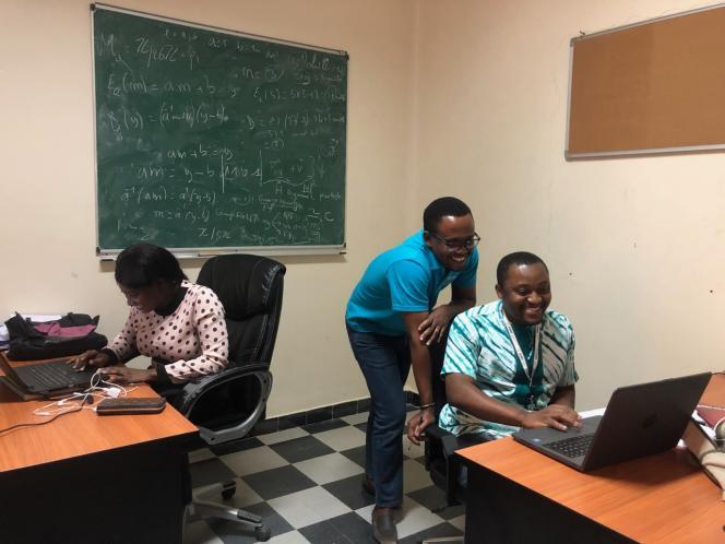 A l'African Institute for Mathematical Sciences de Mbour, au Sénégal.