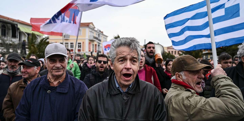 En Grèce, les insulaires se révoltent contre les nouveaux camps de réfugiés