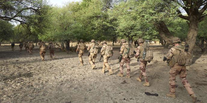 Opération dans le nord du Burkina Faso de soldats de la force française « Barkhane», déployée au Mali et au Sahel pour lutter contre les attaques djihadistes, le 9 novembre 2019.