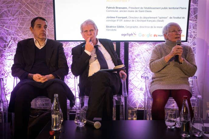 De gauche à droite : Jérôme Fourquet, de l'IFOP, Patrick Braouezec, président de l'intercommunalité Plaine Commune, et la géographe Béatrice Giblin débattent lors du Club de l'économie du «Monde» du jeudi 27 février.