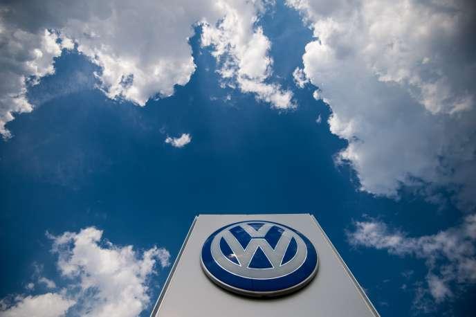 Le scandale à tiroirs remonte à septembre 2015, quand le grand groupe automobile allemand avait avoué avoir équipé 11millions de véhicules de logiciels truqueurs.