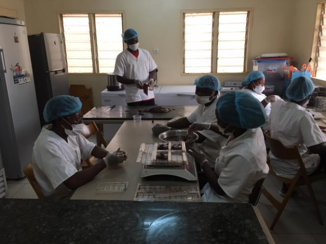 La coopérative Choco Togo se situedans le quartier de Cacavéli, dans la banlieue nord de Lomé, la capitale du Togo.