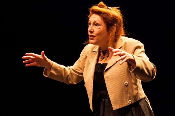 La conteuse et comédienne Jeanne Ferron au Festival de Fribourg.