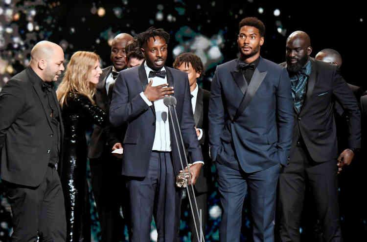 Recevant quatre récompenses, Ladj Ly, le réalisateur du film«Les Misérables», a conclu la soirée en déclarant: «Le seul ennemi, ce n'est pas l'autre, c'est la misère.»