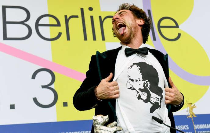 L'acteur Elio Germano, lauréat de l'Ours d'argent pour son rôle dans