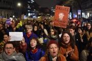 Manifestation de femmes lors de la 45eédition des Césars, devant la Salle Pleyel, à Paris, le 28 février.