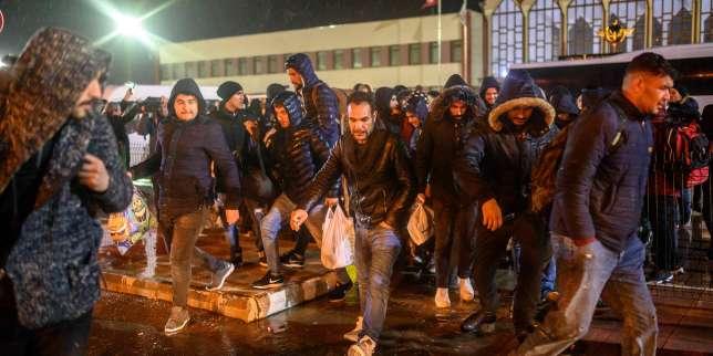 Des centaines de migrants bloqués à la frontière gréco-turque