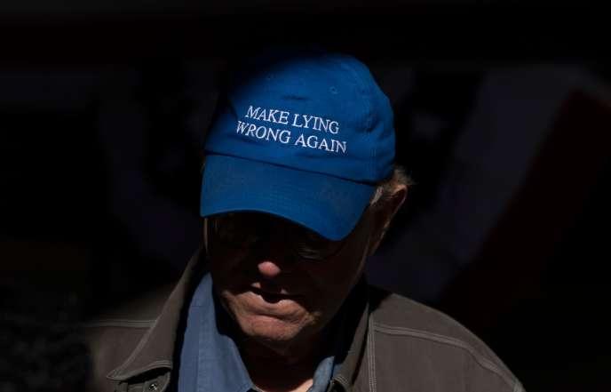 Un partisan du candidat démocrate Mike Bloomberg, lors d'un rassemblement à Houston, au Texas, le 27 février.