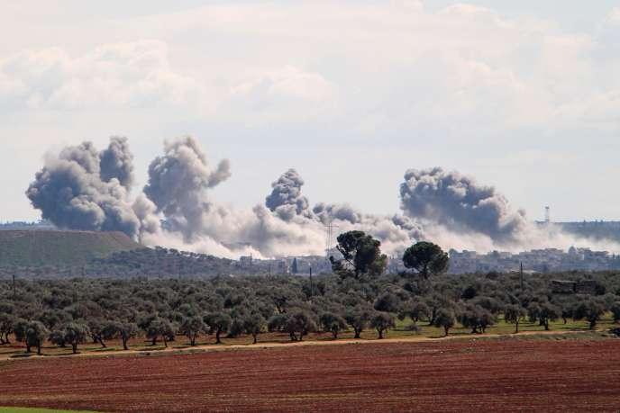 Des explosions dans la région d'Idlib, dimanche 1er mars.
