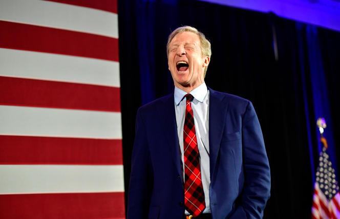 Avec 11,4% des suffrages, le milliardaire Tom Steyer annonce qu'il suspend sa campagne, à Columbia, en Caroline du Sud, le 29 février.