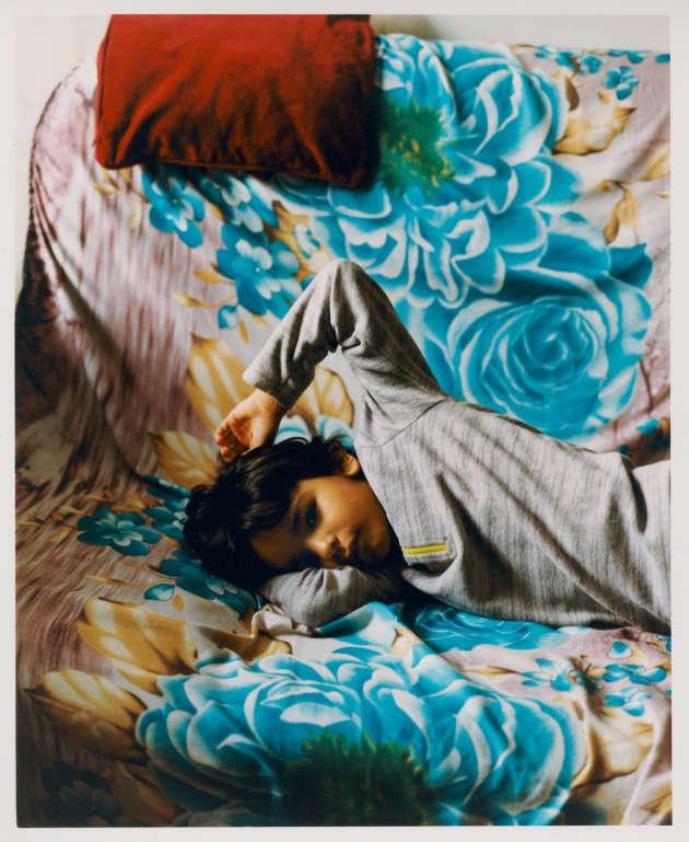 Ariles Yalali, 7 ans, chez lui dans une HBM du quartier des Fougères, Paris 20e.