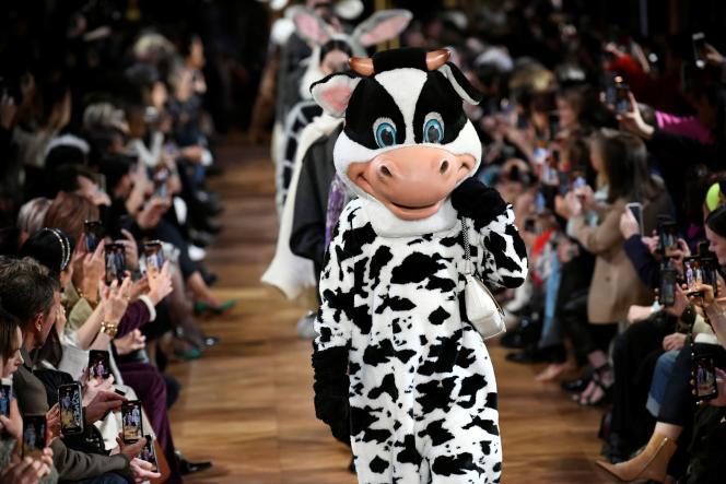 Stella McCartney n'utilise aucun cuir animal depuis la fondation de sa maison en 2001.
