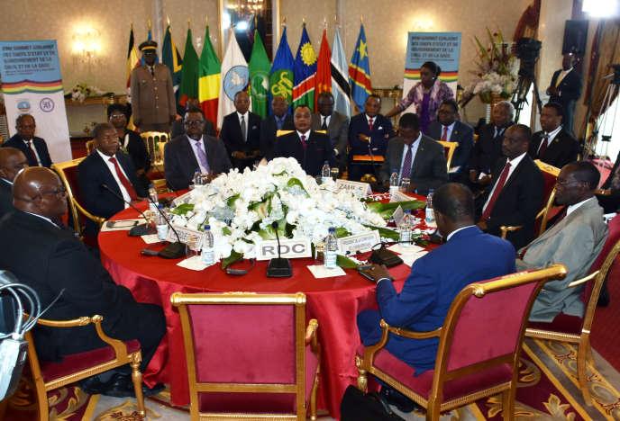 Le président Denis Sassou-Ngesso et une délégation congolaise en Afrique du Sud, en décembre 2018.