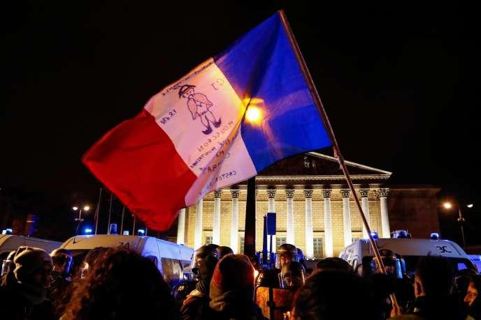 Manifestation à l'appel de la CGT devant l'Assemblée nationale, à Paris, contre l'utilisation de l'article 49-3 par le gouvernement, le 29 février 2020.