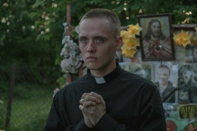 Daniel (Bartosz Bielenia) dans« La Communion», de Jan Komasa.