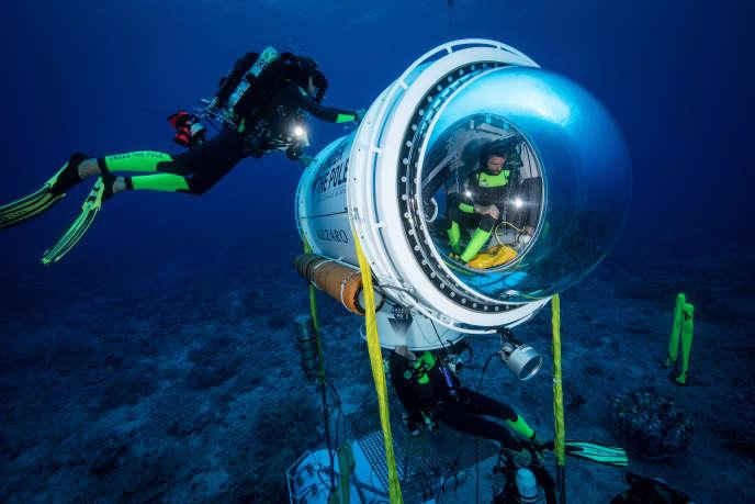 La capsule, une tente sous-marine, permet à l'humain 72 heures d'immersion.