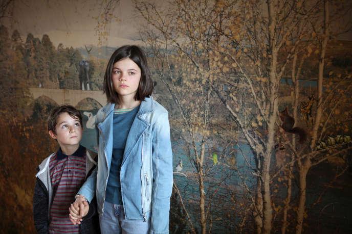 Oskar (Leopold Pallua) et Lily (Rosa Zant).