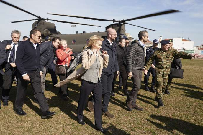 Ursula von der Leyen, Charles Michel et Kyriakos Mitsotakis à la frontière greco-turque, le 3 mars.