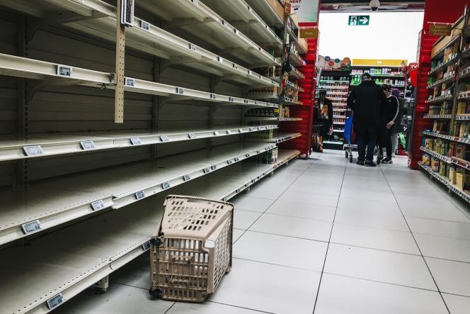 Dans un supermarché, àVilleneuve-la-Garenne (Hauts-de-Seine), le 2 mars.
