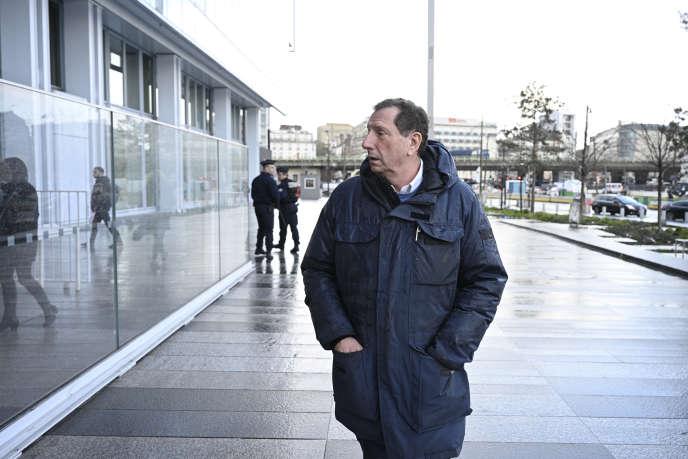 Pierre Botton, devant le tribunal de Paris, le 26 février.