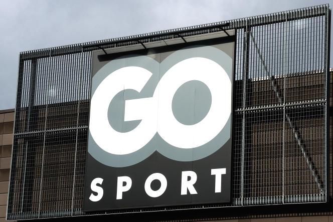 Go Sport est le troisième acteur français du marché de la distribution d'articles de sport, derrière Decathlon et Intersport.