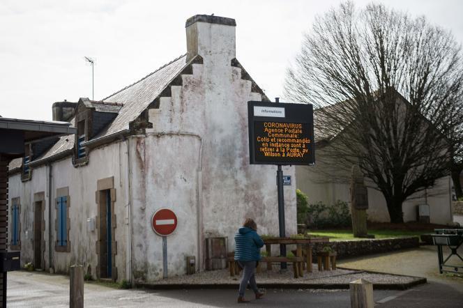 Le village de Crac'h, dans le Morbihan, où plusieurs cas de coronavirus ont été détectés, le 4mars 2020.