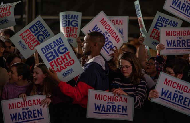 Des soutiens d'Elizabeth Warren, à Detroit (Michigan), le 3 mars.