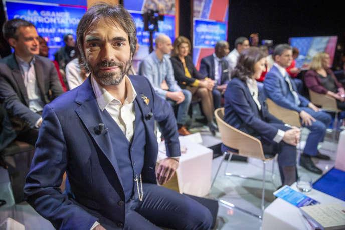 Cédric Villani, Agnès Buzyn et Serge Federbusch lors du débat entre les candidats aux élections municipale à Paris sur le plateau de LCI, à Boulogne-Billancourt, le 4 mars.
