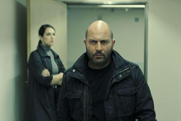 Lior Raz, également créateur de la série avec le journaliste Avi Issacharoff, incarneDoron Kavillio dans«Fauda».