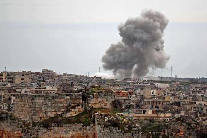 Après une frappe aérienne russe sur le village d'Al-Bara, dans le sud de la province d'Idlib, le 5 mars 2020.