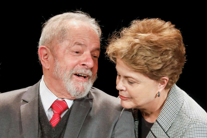 Les anciens présidents brésiliens Luiz Inacio Lula da Silva et Dilma Rousseff, à Paris, le 2 mars 2020.