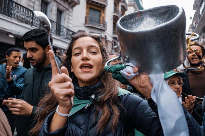 Manifestation à Alger le 13 décembre 2019 pour le 43e vendredi consécutif du Hirak.