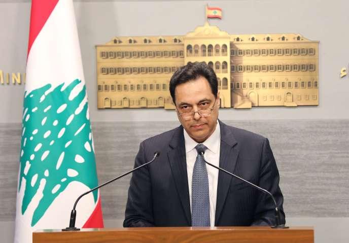 Le premier ministre libanais, Hassan Diab, lors de sa déclaration au palais gouvernemental, le 7 mars à Beyrouth.