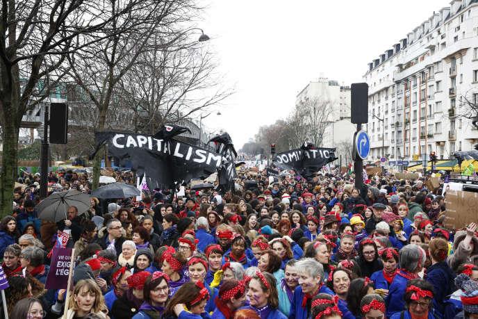 Manifestation pour la Journée internationale des droits des femmes, le 8 mars à Paris.