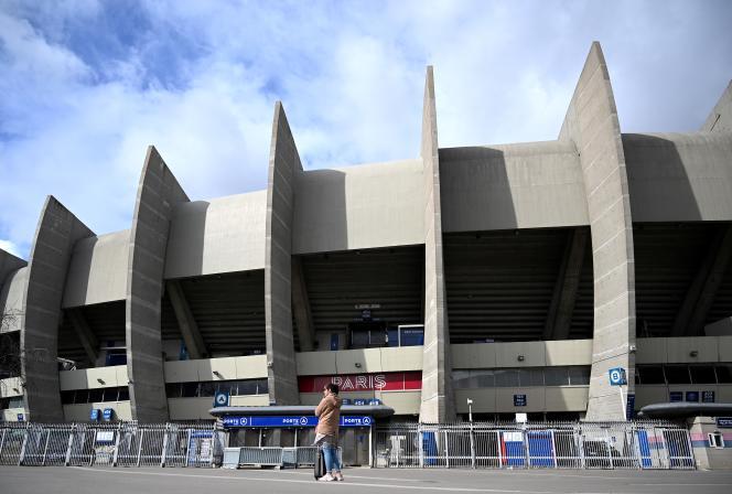 Le huitième de finale retour de Ligue des champions opposant le PSG au Borussia Dortmund se jouera à huis clos au Parc des Princes, mercredi 11mars à 21 heures.