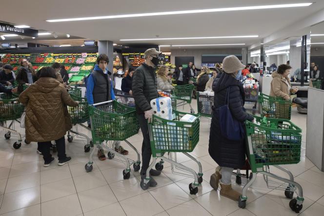 Dans un supermarché de Madrid, le 10 mars 2020.