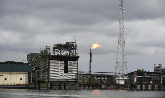 Une installation prétrolière à Batan, dans le delta du Niger, au Nigeria, en mars 2018.